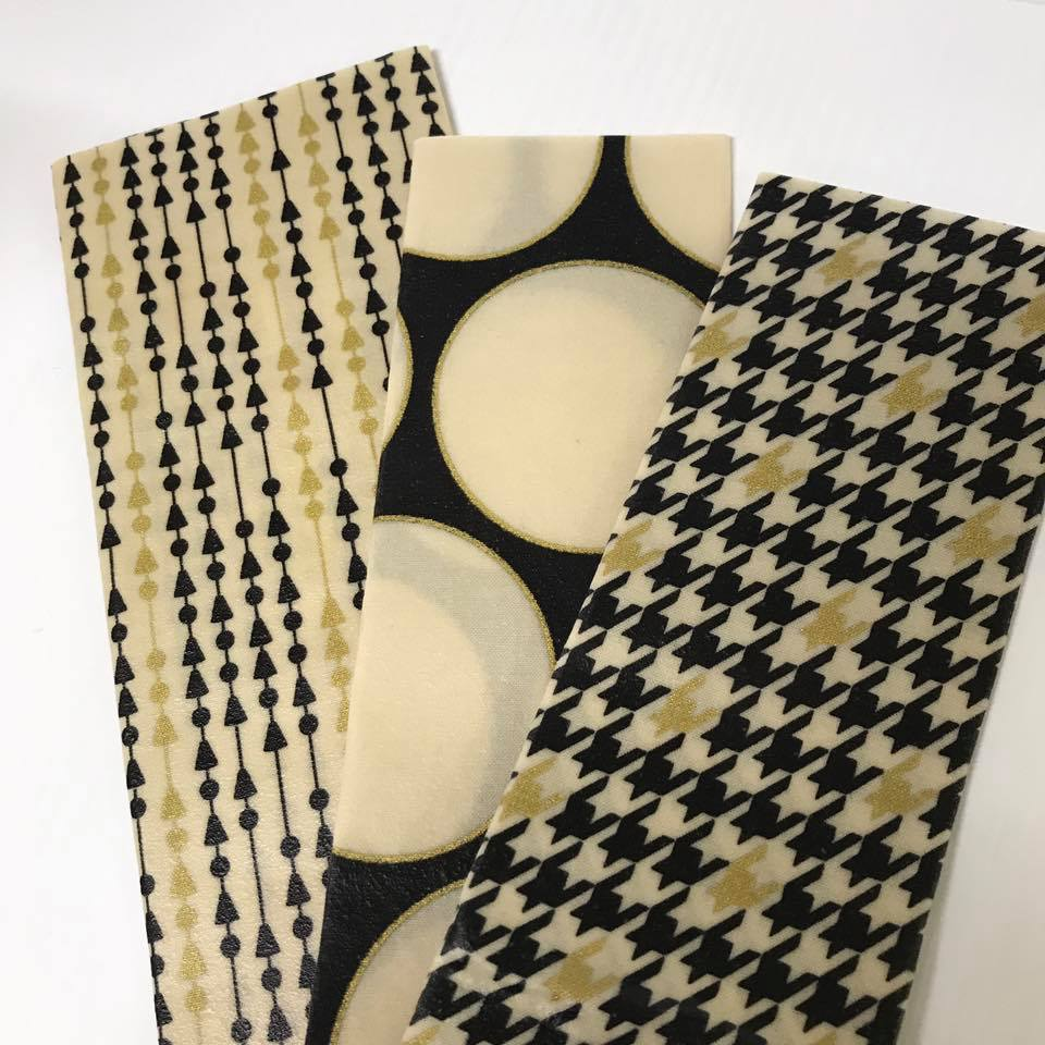 Black and White – Beeswax OR Vegan